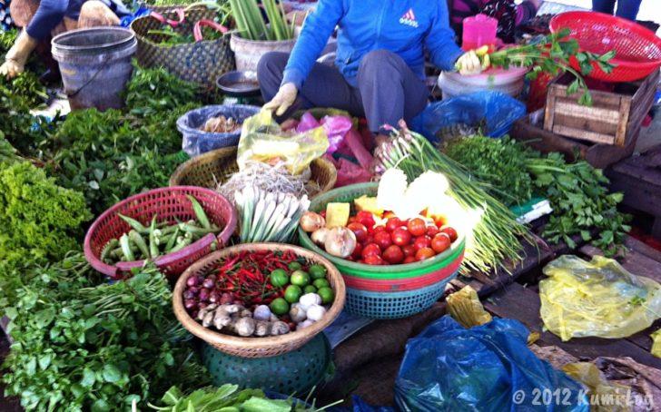 ニャチャン市場の野菜