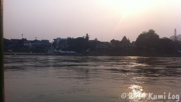 スローボート、2日めの夕日