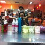コスパ抜群、バンコクの美容室で640円でヘアカット