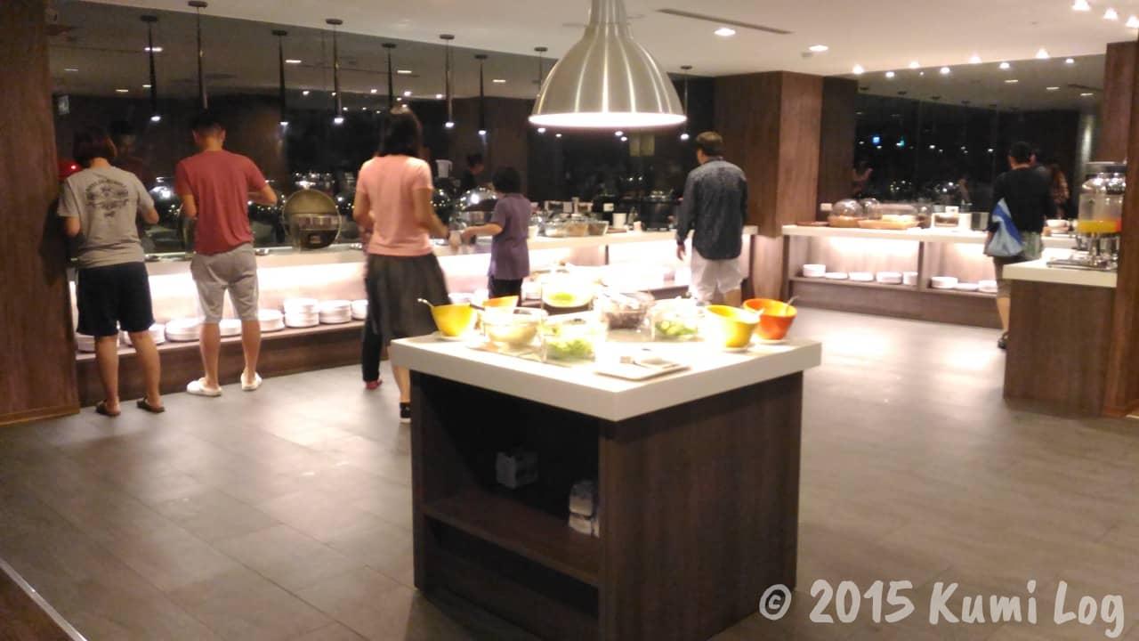 台中 チャンスホテルの朝食会場