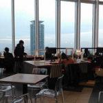 大阪・天王寺で、大阪市街を一望できる見晴らしの良いカフェ。電源充実でノマドワーキングにもおすすめ
