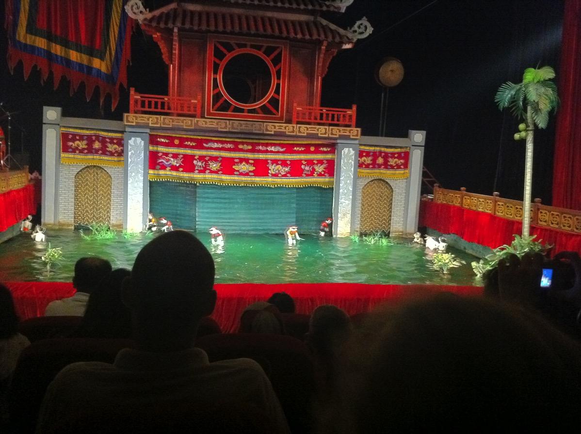ハノイ・水上人形劇