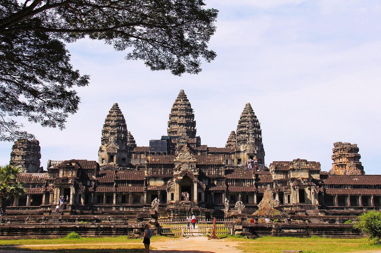 カンボジア・クメール語の基本表現、あいさつ・数・買い物用語など