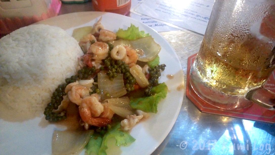 [カンボジア:食]カンポットのレストラン・ご飯やさん