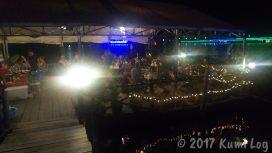 フローティングレストラン・夜の雰囲気