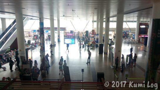 トビリシ空港内の様子