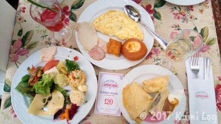 ウクライナ・リヴィヴの朝食