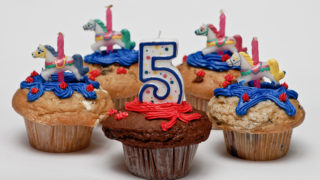 """Birthday (Cup) Cakes"" by Gerry Dulay is licensed under CC BY-NC 2.0"