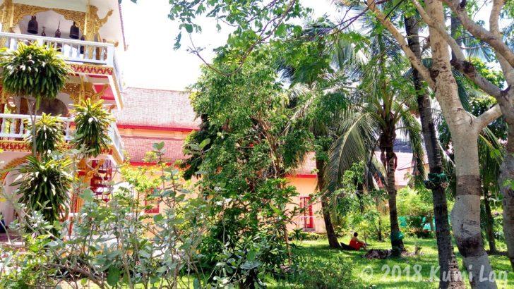 ラオス ビエンチャン・お寺と僧侶