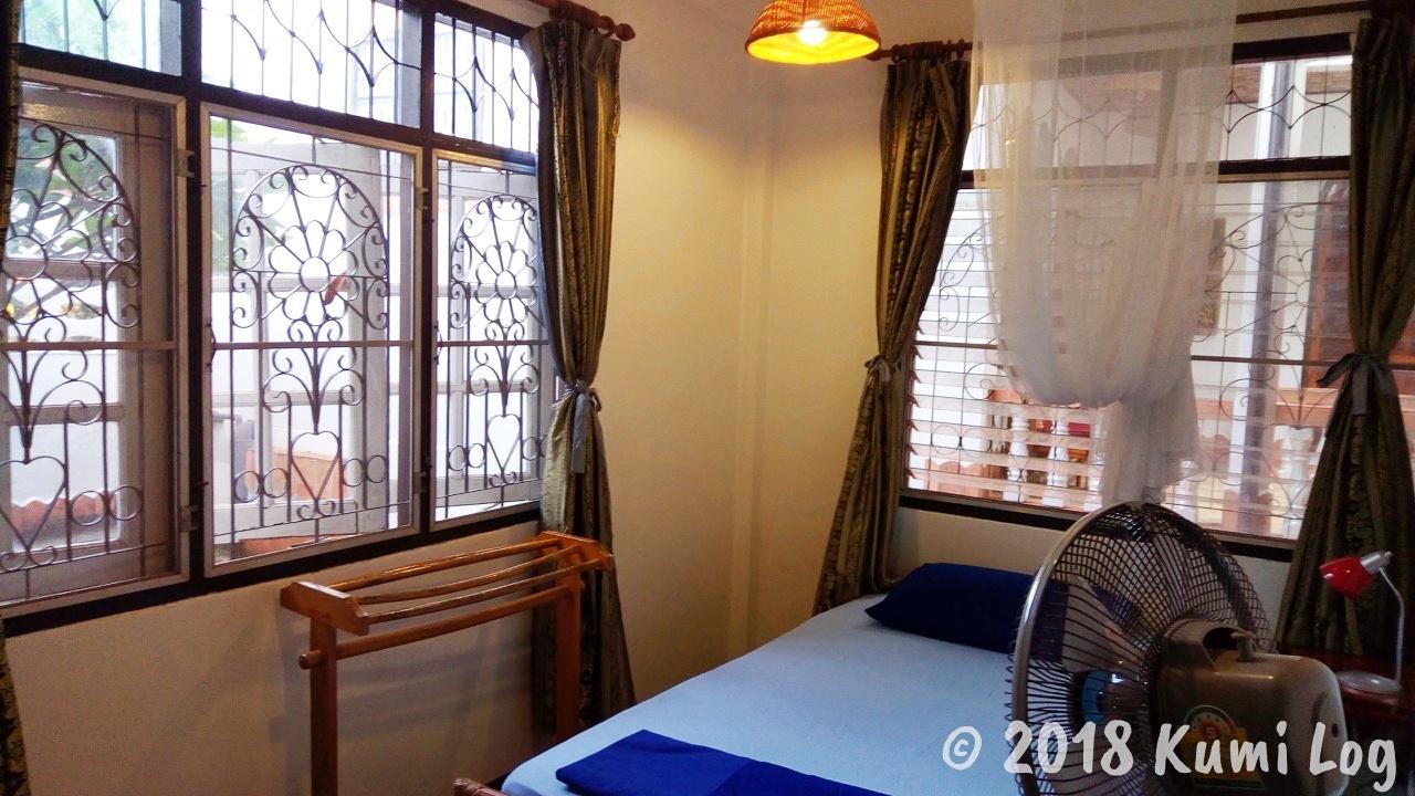 [ノーンカーイ・宿] メコン川沿いの雰囲気が素敵なおすすめ宿 Mut Mee Garden Guesthouse、個室220THB!