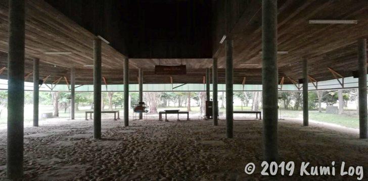ワット・スワンモック瞑想施設のメインホール